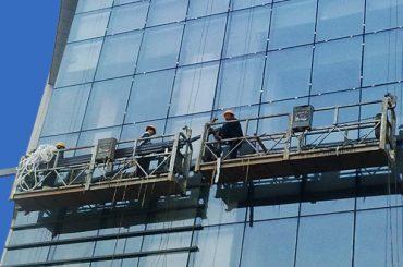 100m〜300mの吊り下げられたアクセスプラットフォーム220v高層ビルの塗装用